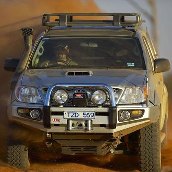 Бампер серии Sahara возможно установить на Hilux